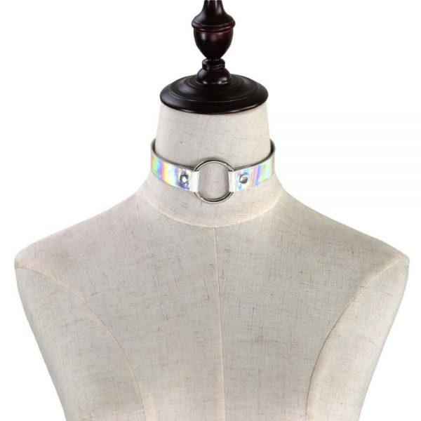 Mannequin de présentation choker holographique