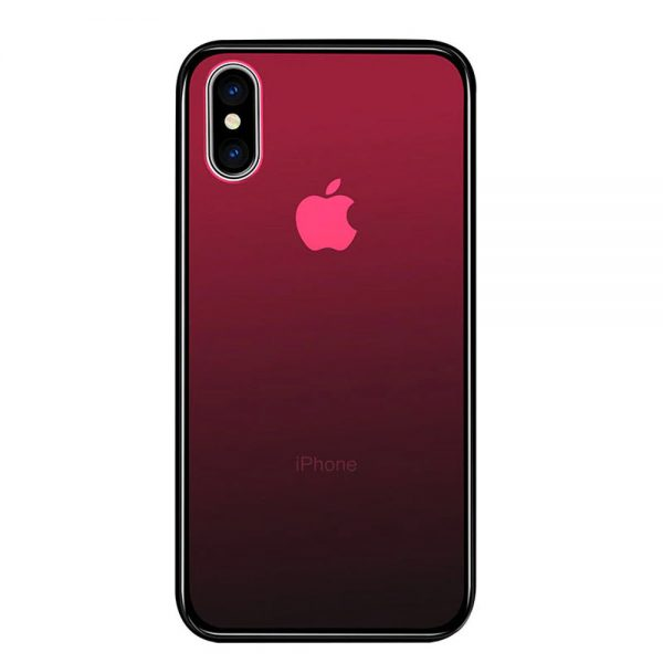 Une coque d'iPhone rouge